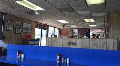 Photo of American Restaurant Roanoke Weiner Stand-Brandon at 3601 Brandon Ave Sw, Roanoke, VA 24018, United States