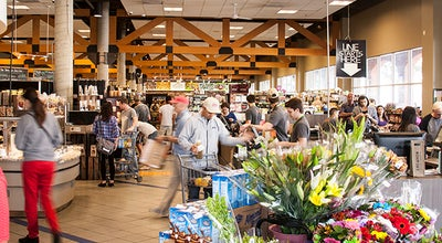Photo of Supermarket Erewhon Natural Foods Market at 7660 Beverly Blvd, Los Angeles, CA 90036, United States