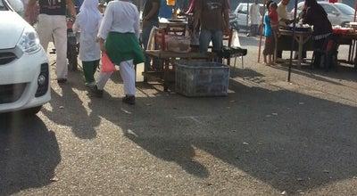 Photo of Food Truck Pasar Malam Bandar Baru Kerteh at Kerteh, Malaysia