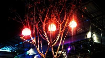 Photo of Restaurant เดอ ฟิวชั่นส์ บาร์ แอนด์ เรสเตอรองต์ | De' FUSIONs Bar & Restaurant at 53/5 หมู่ 7 ต.ป่าแมต, เมืองแพร่ 54000, Thailand