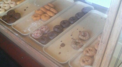 Photo of Donut Shop Baker's Dozen Donuts at 9601 Page Ave, Midland, MO 63114, United States