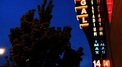 Photo of Movie Theater Regal Cinemas Thornton Place 14 & IMAX at 301 Ne 103rd St, Seattle, WA 98125, United States