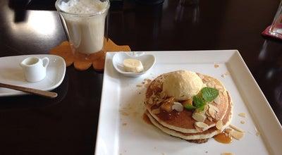 Photo of Cafe 大場養蜂園 花園店Cafe 38(みつばち) at 花園町1丁目-1-32, 富山市 939-8205, Japan
