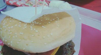 Photo of Burger Joint Raro Burger at R. Juvenal Rosa Da Silva, 379, Itaguaí, Brazil