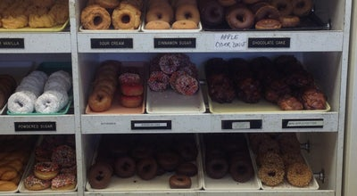 Photo of Donut Shop Knapp's Donuts at 500 N Main St, Rochester, MI 48307, United States