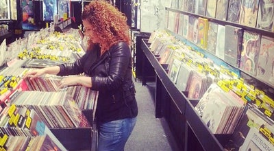 Photo of Record Shop Warbler Records & Goods at 131 E De La Guerra St, Santa Barbara, CA 93101, United States