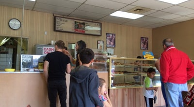 Photo of Donut Shop Ronald's Donuts at 4600 Spring Mountain Rd, Las Vegas, NV 89102, United States