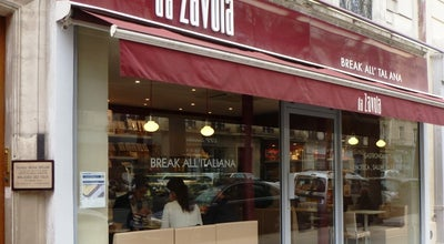 Photo of Italian Restaurant Da Zavola at 11 Rue Brochant, Paris 75017, France