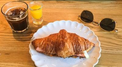 Photo of Cafe Tartela at C. Llançà, 32, Barcelona, Cataluña 08015, Spain
