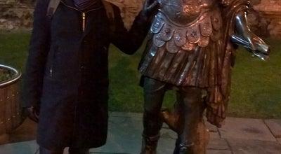 Photo of Outdoor Sculpture Statue of Emperor Trajan at Tower Hill Terrace, Poplar EC3 N 4, United Kingdom