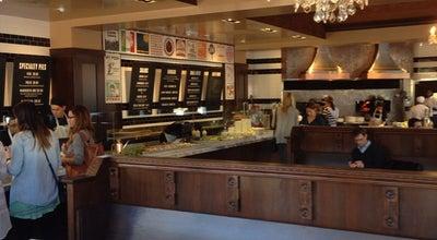 Photo of Pizza Place 800 Degrees Neapolitan Pizzeria at 120 Wilshire Blvd, Santa Monica, CA 90401, United States