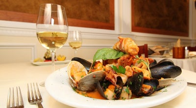 Photo of Italian Restaurant La Fontanella at 115 Wolfs Ln, Pelham, NY 10803, United States