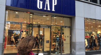 Photo of Clothing Store Gap at 1212 Avenue Of The Americas, New York, NY 10036, United States