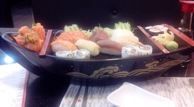 Photo of Sushi Restaurant Maguro Sushi at Estrada Da Ribeira, 901, Colombo, Brazil