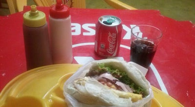 Photo of Burger Joint Merendão Lanches e Pizzas at Av. Leonel Beirao De Jesus, Montes Claros 39400-000, Brazil