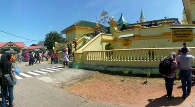 Photo of Mosque Masjid Raya Sultan Riau at Pulau Penyengat, Tanjungpinang 29114, Indonesia