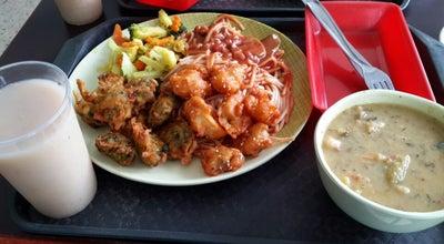 Photo of Vegetarian / Vegan Restaurant Restaurante Vegetariano kuan Shi Yin at Carrera 66 # 10a-07, Colombia