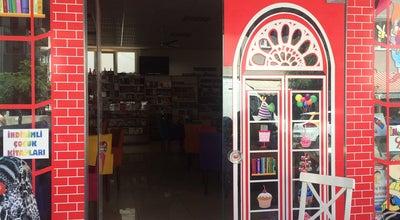Photo of Bookstore Küçük Mucizeler Dükkanı at Aziziye Caddesi No: 30-32 Fethi Bey, Çanakkale 17100, Turkey