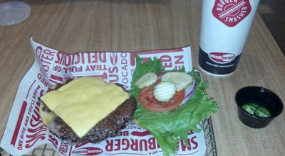 Photo of Burger Joint Smashburger at 211 W Route 59, Nanuet, NY 10954, United States