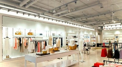 Photo of Accessories Store Michael Kors at 384 Bleecker St, New York, NY 10014, United States