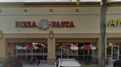 Photo of Italian Restaurant Garlic Knot at 5073 N Dixie Hwy, Oakland Park, FL 33334, United States