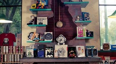 Photo of Bookstore Cafebrería El Péndulo at Nuevo León 115, Cuauhtémoc 06700, Mexico