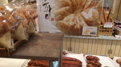 Photo of Bakery 궁전제과 at 북구 서강로54번길 40, 광주광역시, South Korea