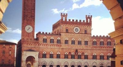Photo of Monument / Landmark Piazza del Campo at Piazza Del Campo, Siena 53100, Italy