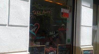 Photo of Pizza Place Dolce Pizza & Los Veganos at Avenida Gaudi 74, Barcelona, Cataluña 08025, Spain