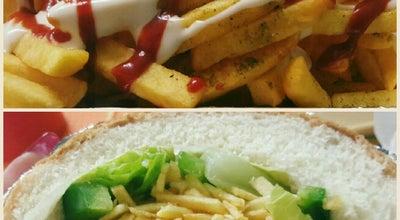 Photo of Burger Joint Dadash burger | داداش برگر at Koye Firoz, Tabriz, Iran