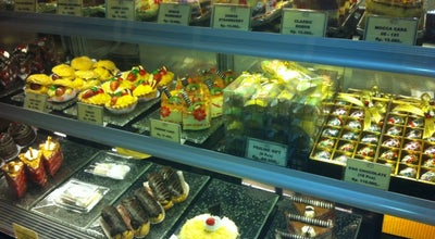 Photo of Bakery DE CAFÉ Resto & Delicatessen at Ruko Bandar Blok A No.11, Balikpapan 76112, Indonesia