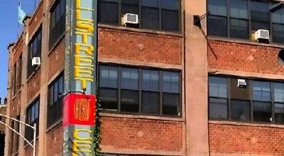 Photo of Art Gallery Lillstreet Art Center at 4401 N Ravenswood Ave, Chicago, IL 60640, United States