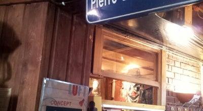 Photo of Bar L'Atelier de l'Artiste at 2 Rue Saint-louis, Rennes 35000, France