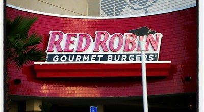 Photo of Burger Joint Red Robin Gourmet Burgers at 27001 Us Highway 19 N, Clearwater, FL 33761, United States