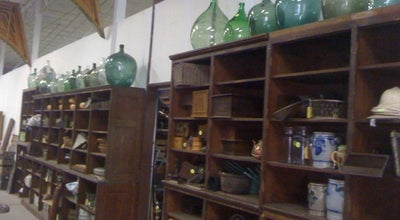Photo of Antique Shop Uncommon Market Dallas at 100 Riveredge Dr, Dallas, TX 75207, United States