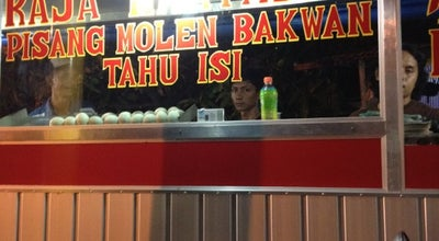 Photo of Food Truck Martabak telor & terang bulan at Jalan Lahalede, Parepare 91132, Indonesia