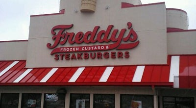 Photo of Burger Joint Freddy's Frozen Custard & Steakburgers at 707 Round Rock Ave, Round Rock, TX 78681, United States
