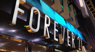 Photo of Clothing Store Forever 21 at 50 W 34th St, New York, NY 10001