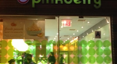 Photo of Frozen Yogurt Pinkberry at 596 9th Ave, New York, NY 10036, United States