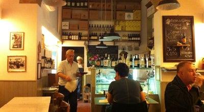 Photo of Vegetarian / Vegan Restaurant 5 e Cinque at Piazza Della Passera, Firenze 50125, Italy