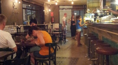 Photo of Pizza Place Mucci's at Tallers 75, Barcelona 08001, Spain