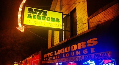 Photo of Dive Bar Rite Liquors at 1649 W Division St, Chicago, IL 60622, United States