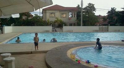 Photo of Pool สระว่ายน้ำ หมู่บ้านโฮมการ์เด้น สุรนารายณ์ at Cho Ho 30310, Thailand