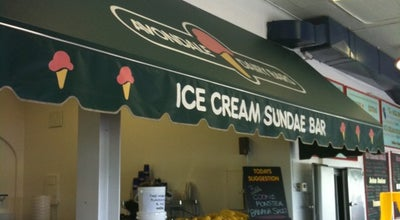 Photo of Ice Cream Shop Avondale Dairy Bar at 461 Stewart Rd., Niagara-on-the-Lake, ON L0S 1J0, Canada