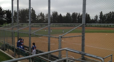 Photo of Park Fountain Valley Sports Complex at 16400 Brookhurst St, Fountain Valley, CA 92708, United States