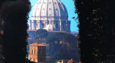 Photo of Scenic Lookout Buco della Serratura Priorato dei Cavalieri di Malta at Villa Del Priorato Dei Cavalieri Di Malta, Roma 00153, Italy