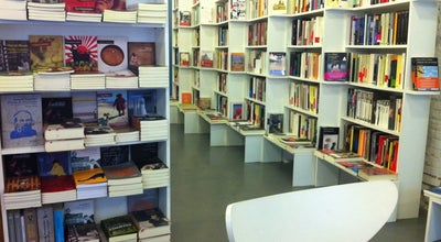 Photo of Bookstore Tipos Infames at Calle San Joaquín 3, Madrid 28004, Spain