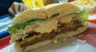 Photo of Burger Joint Saldanha Lanches at Rua Baruel, 691, Suzano, Brazil