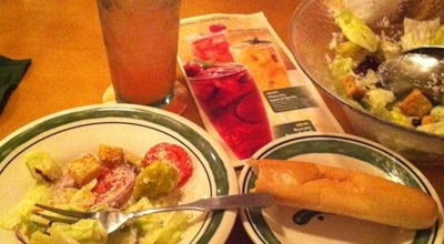 Photo of Italian Restaurant Olive Garden at 1320 S Hurstbourne Pkwy, Louisville, KY 40222, United States