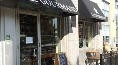 Photo of Cafe Le Gourmand Café at 147 Spadina Ave, Toronto, ON M5V 3S6, Canada
